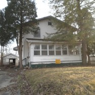1623 W 15th St, Anderson, IN 46016